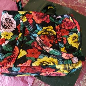 BEAUTIFUL VERA BRADLEY  NWOT Tote